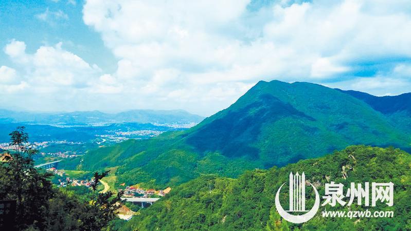 今天的虹山为绿色森林所覆盖,风景秀丽,这与当地人自古以来注重保护林木有关。
