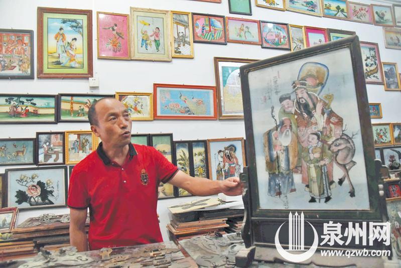 收藏者往往最看重玻璃镜画蕴藏的历史文化韵味